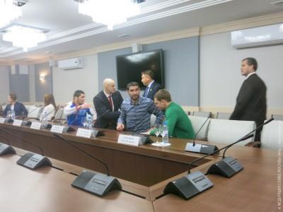 Награждение лучших самбистов 2015 года вМосковской Городской Думе