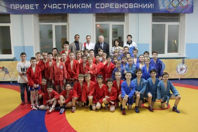 Проект «Самбо вшколу» : открытие тренажерного зала вспортивном клубе «Алкид» при ГБОУ школе №118