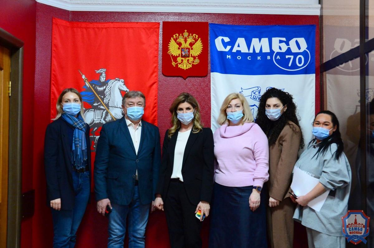 Глава города Липецка посетила школу «Самбо-70»