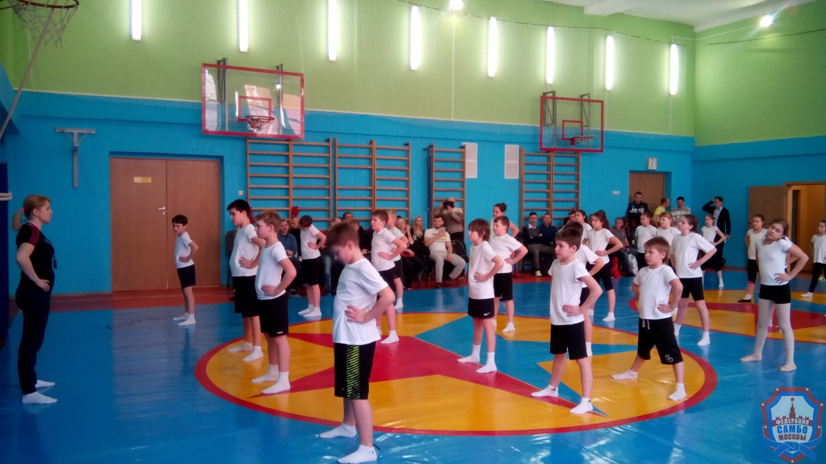 Вшколе №141 прошел открытый урок посамбо для преподавателей физкультуры