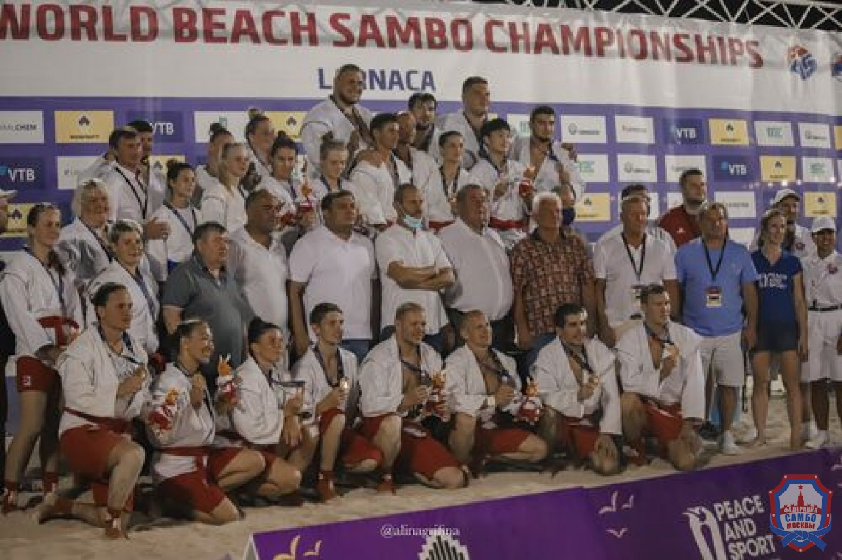 Первый в истории чемпионат мира по пляжному самбо прошел на Кипре