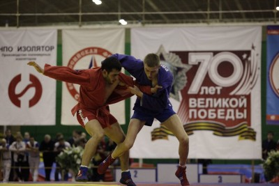 Четырнадцать медалей завоевали москвичи наЧемпионате России посамбо