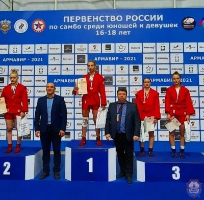 Во второй день Первенства России по самбо московские самбисты завоевали 5 медалей