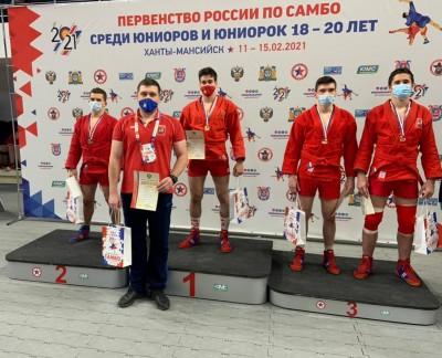 В Ханты-Мансийске стартовало Первенство России по самбо среди юниоров и юниорок