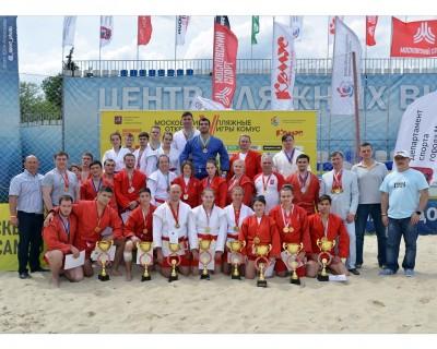 Первый в истории Чемпионат Москвы по пляжному самбо прошел на Водном стадионе