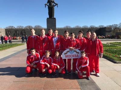Москва— город героев!