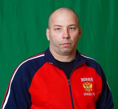 Николай Елесин